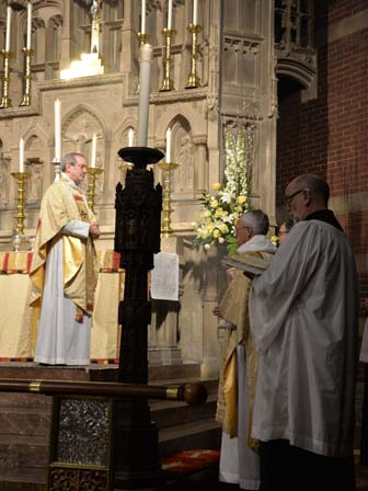 censing the Bishop at the Offertory