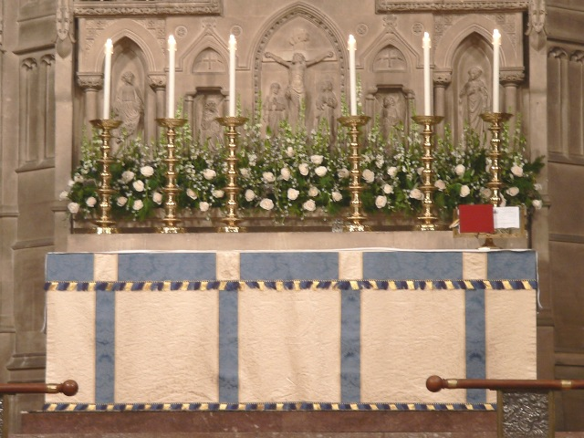 photo of altar flowers